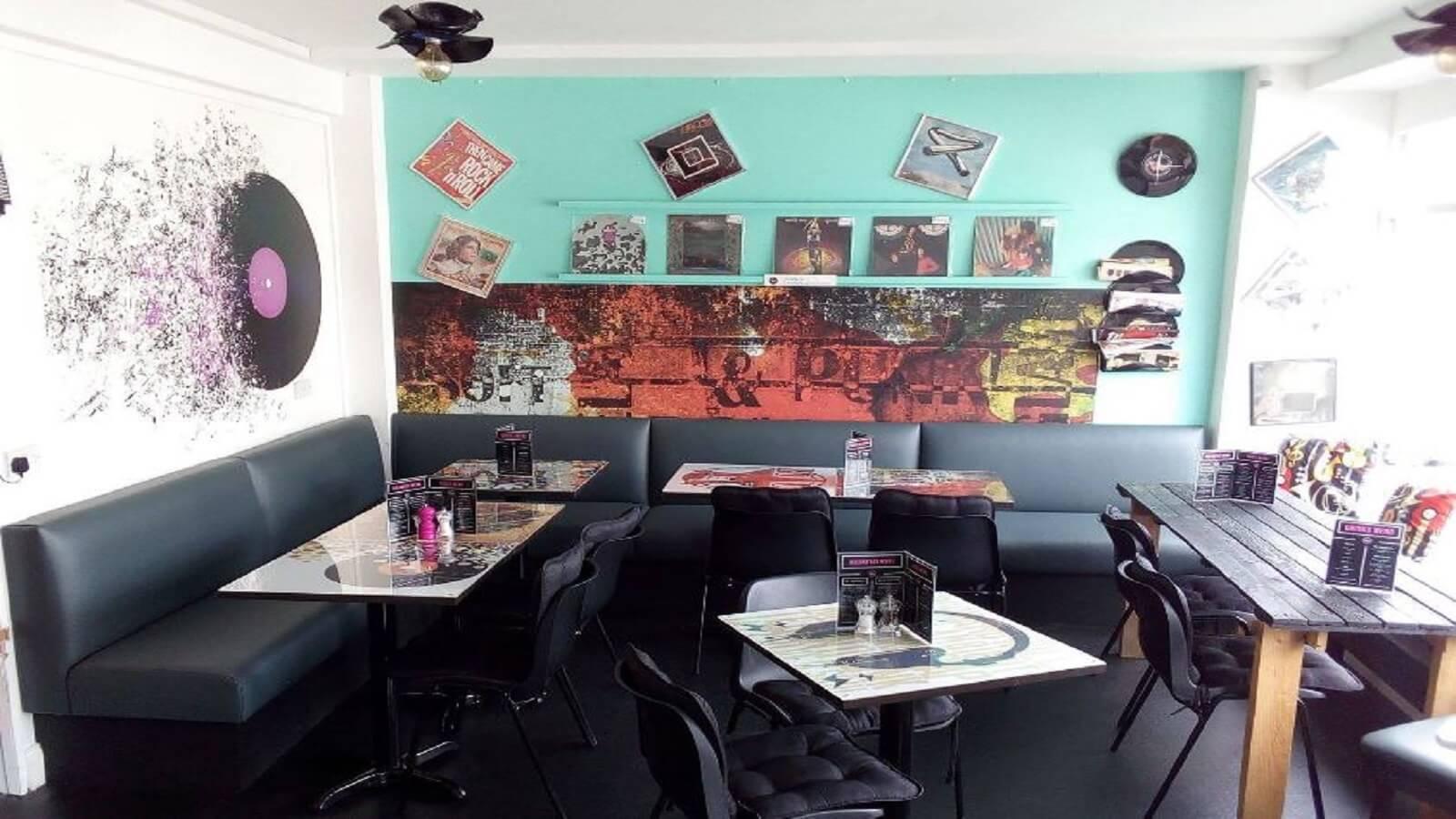 Viva-Vinyl Record Store & Cafe